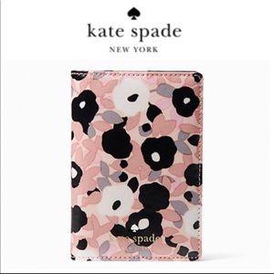 Kate Spade NY Cedar Street Floral Passport holder